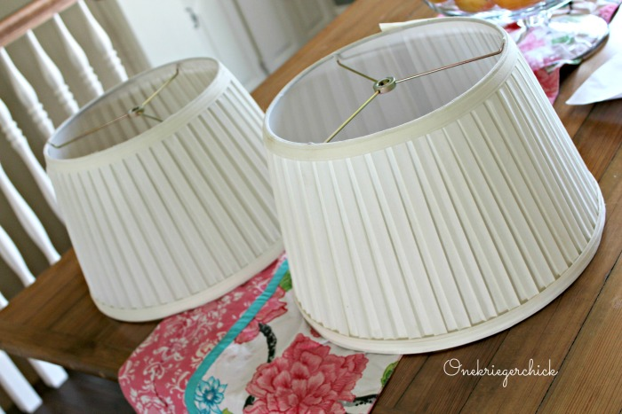 Burlap covered lampshade in 4 easy steps onekriegerchick burlap covered lampshade in 4 easy steps aloadofball
