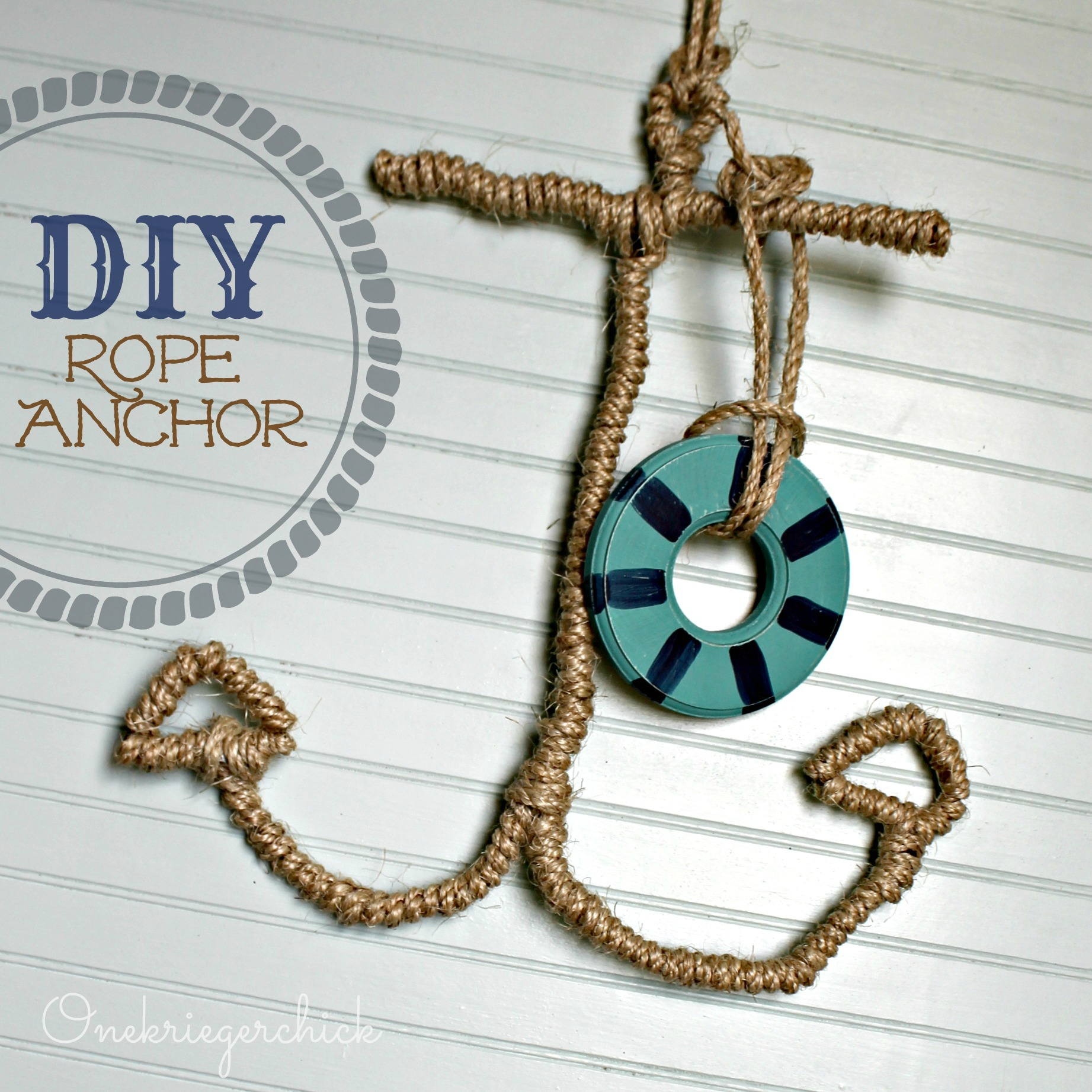 Diy rope anchor onekriegerchick for Anchor decoration