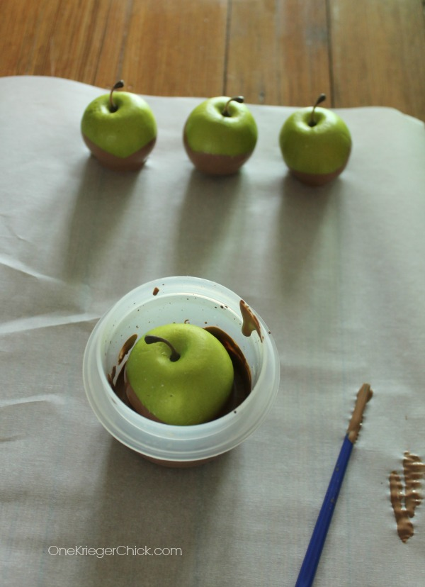 Dipping Painted Caramel Apples-OneKriegerChick.com