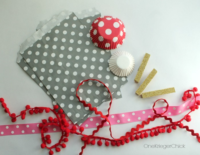 Valentines Day garland supplies-OneKriegerChick