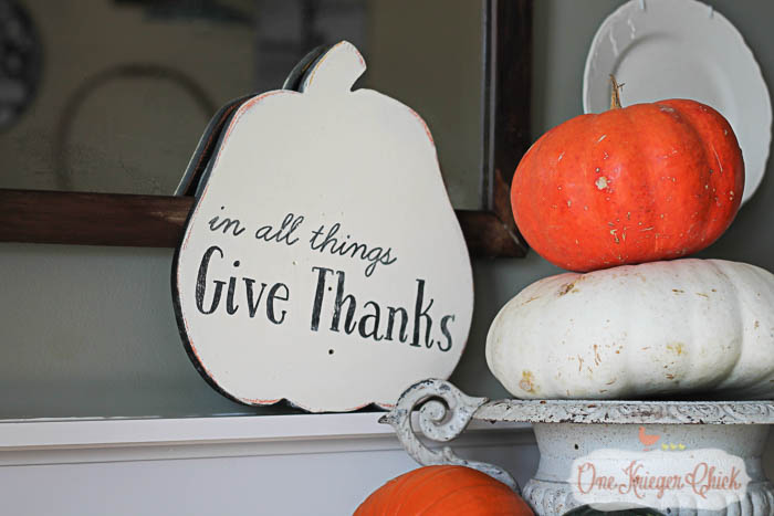 Give Thanks Reversible Fall Sign- OneKriegerChick.com
